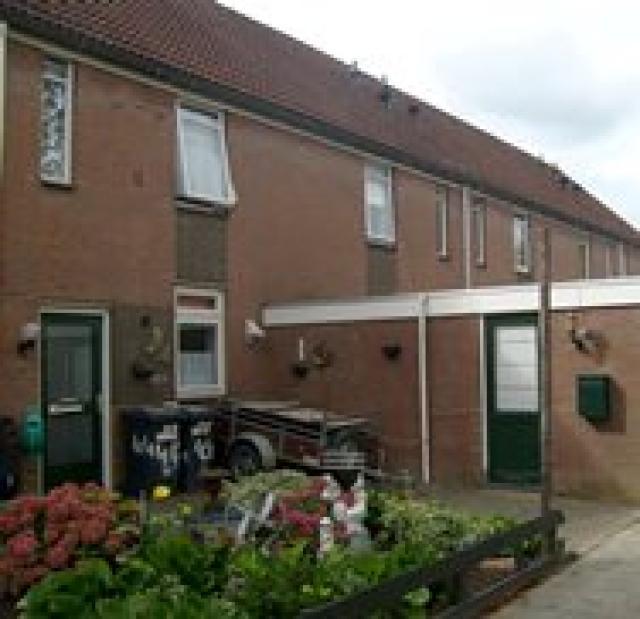Pieter Dekkerstraat 38, Winkel